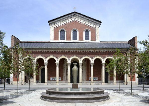 Bild Ansicht des Klosters Sankt Bonifaz von Süden