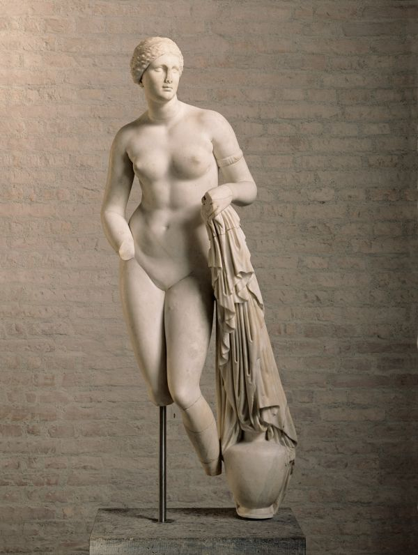 Bild Römische Nachbildung der um 350 v. Chr. von Praxiteles geschaffenen Aphrodite-Statue im Heiligtum der Göttin in Knidos