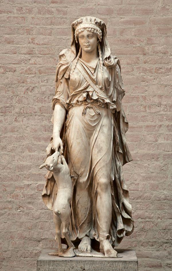 """Bild Marmorstatue der Artemis als """"Herrin der Tiere"""", um 50 n. Chr."""