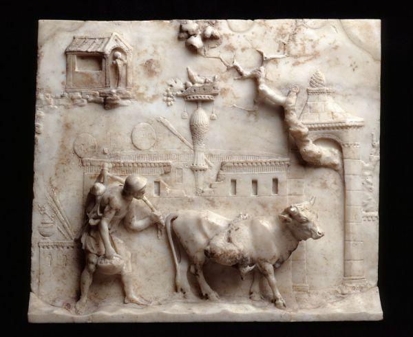 Römisches Marmorrelief, das einen Bauern zeigt, wie er eine Kuh auf den Markt treibt