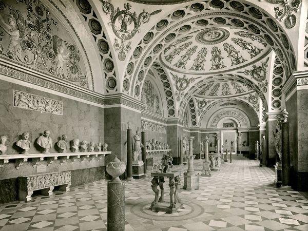 Bild Photographie des Römersaales der Glyptothek vor 1939