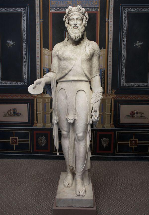 Bild Der Dionysos Braschi ist eine römische Marmorstatue des 1. Jahrhunderts n. Chr.