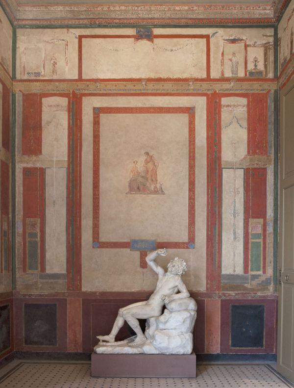 Bild Der Vorraum des Sommertricliniums mit einem trunkenen Satyr, Marmor, römische Kopie nach griechischem Original des 2. Jahrhunderts v. Chr.