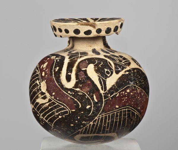 Bild In Fläschchen wie diesem Aryballos nahmen Sportler etwas Öl mit zum Training. Aus Korinth, 600–575 v. Chr.