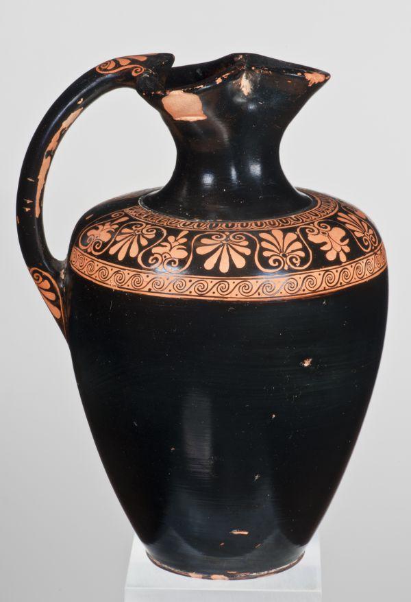 Bild Form und Dekor dieser Kanne strahlen eine zeitlose Eleganz aus. Aus Athen, um 480 v. Chr.