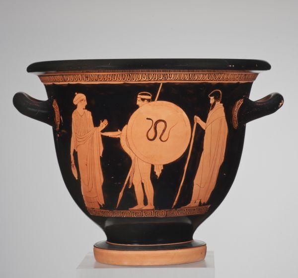 Bild Das bild auf diesem Glockenkrater zeigt einen Kriegerabschied Ein Jüngling zieht als Soldat in den Krieg. Die Eltern verabschieden ihn. Aus Athen, um 430 v. Chr.